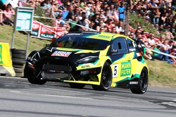02 Marek Rybnicek Ford Fiesta WRC Evo na Zameckem vrchu MANN FILTER 2018
