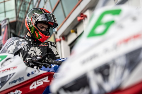 wsbk magny cours accr czech talent team willi race 2019 01